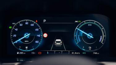 Kia Sorento PHEV 2021 - dials