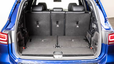 Mercedes GLB - studio boot seats down