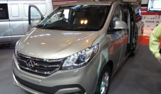 LDV G10 MPV CV Show - front three quarter