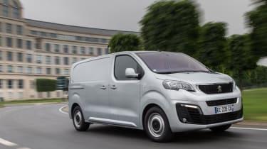 Peugeot Expert - front