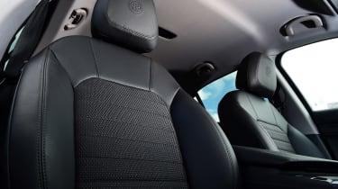 Alfa Romeo Stelvio Nero Edizione - front seats