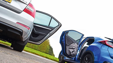 Honda Civic vs Skoda Octavia - rear doors