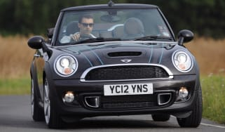 MINI Cooper S Highgate Convertible front cornering