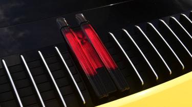Porsche 911 - third brake light