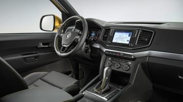 VW Amarok - interior