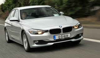 BMW 320d EfficientDynamics front tracking