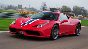 """<p class=""""p1""""><b>Ferrari </b>458 Speciale (F136)</p>"""