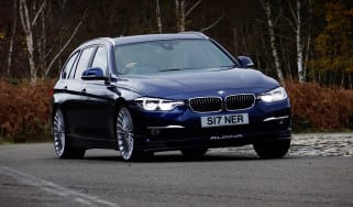 Alpina D3 Touring front action