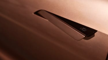 Lexus LF-1 Limitless - door handle