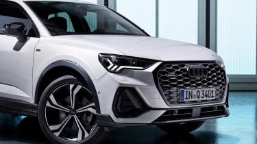 Audi Q3 Sportback - studio front detail