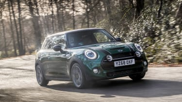 MINI Cooper S 60 Years Edition - front action