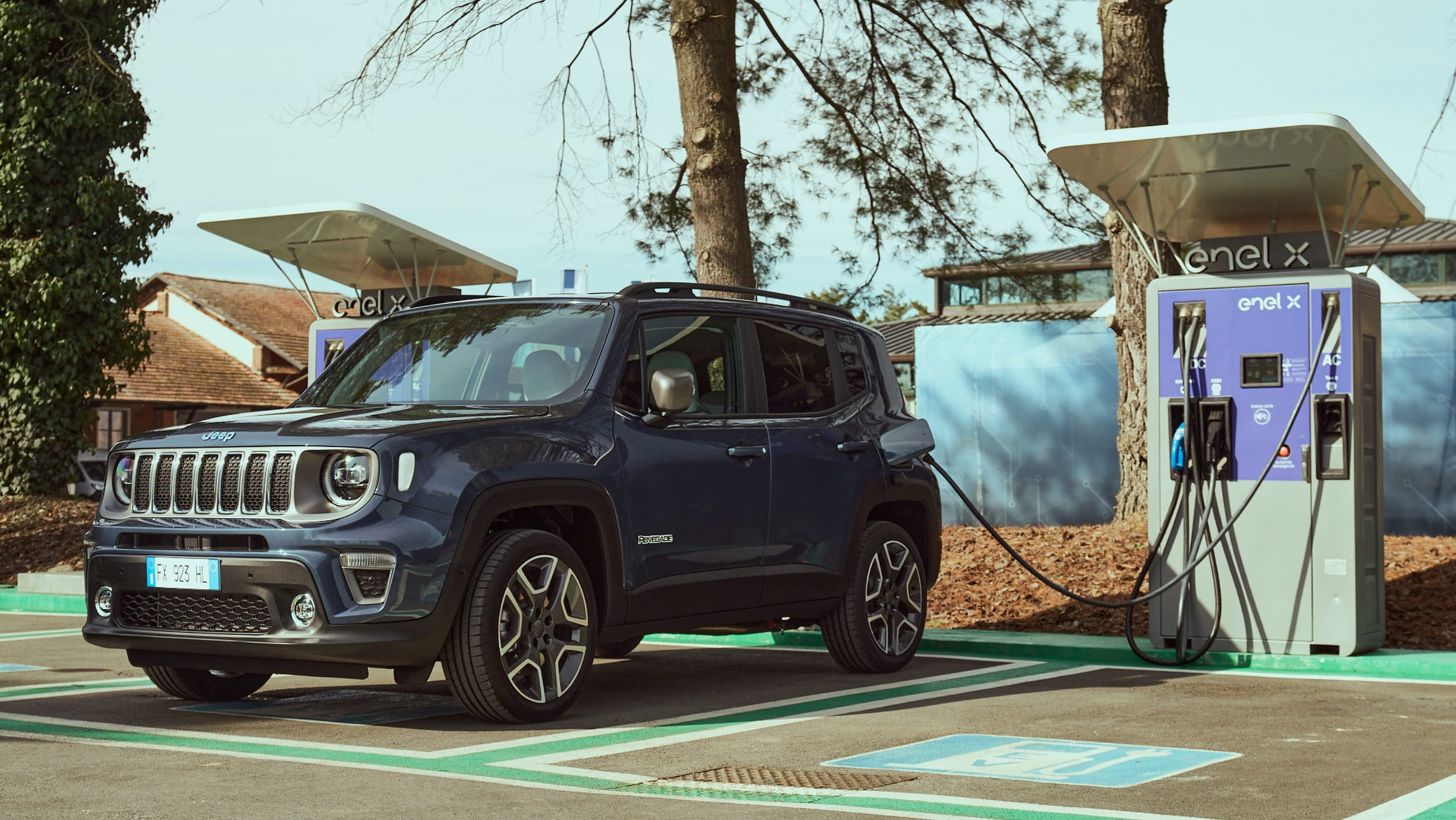 2014 - [Jeep] Renegade - Page 15 Jeep%20Renegade%204xe%202020-7