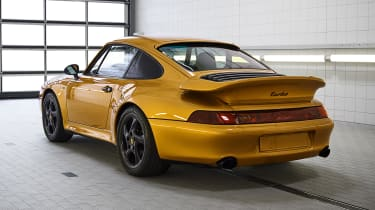 Porsche 993 911 Turbo - rear