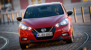 Nissan Micra Xtronic - front action