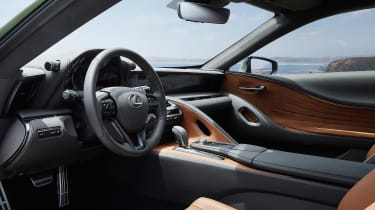 Lexus LC Coupe Limited Edition - dash