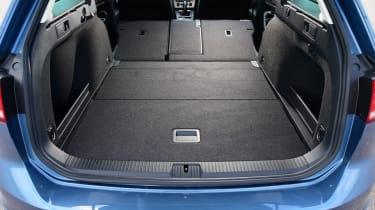 Volkswagen Passat Alltrack - boot folded