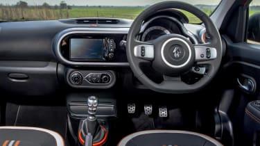 Renault Twingo GT - dash
