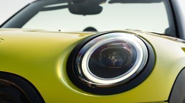MINI Convertible - headlight