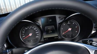 Mercedes C-Class 2014 dials