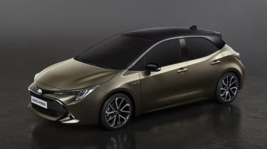 Toyota Auris - front static