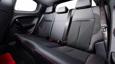 Peugeot 208 GTi - rear seats