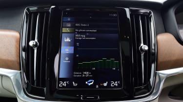Volvo V90 - infotainment