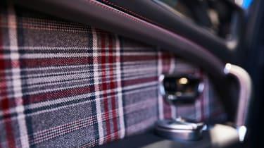 Bentley Bentayga Huntsman - tweed