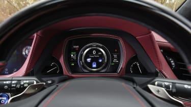Lexus LS - dashboard