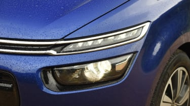 Citroen Grand C4 Picasso 2016 - headlight