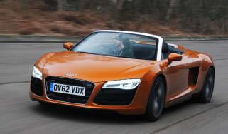 Audi R8 Spyder front tracking