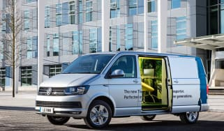 VW T6 Transporter mobile office