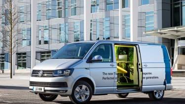 VW T6 Transporter mobile office