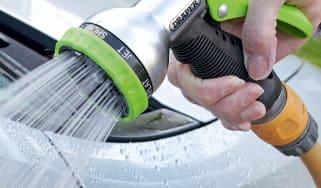 Best hose spray gun - header
