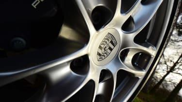 Porsche Cayman - wheel