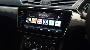 Skoda Superb 1.5 TSI - radio