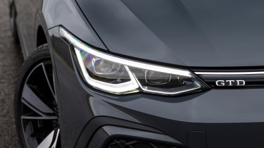 VW Golf GTD - headlight