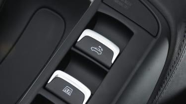 Audi R8 Spyder roof button detail