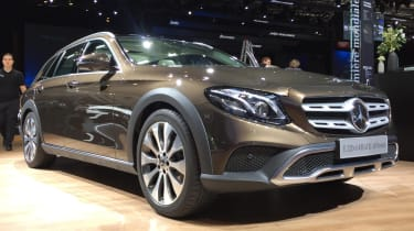 Mercedes E-Class All Terrain - Paris front quarter