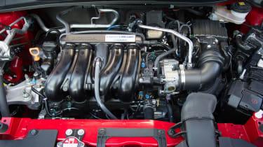 Honda HR-V - engine