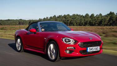 Fiat 124 Spider - front action