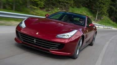 Ferrari GTC4 Lusso - front tracking