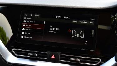 New Kia Niro Hybrid - radio