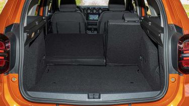Dacia Duster - boot seats down