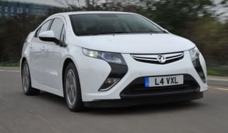 Vauxhall Ampera front tracking