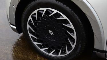 Hyundai Ioniq 5 - wheel