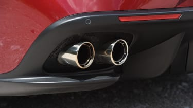Ferrari GTC4 Lusso - exhaust
