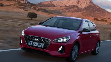 Hyundai i30 2017 - red front tracking 2