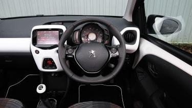 SEAT Ibiza - rear tracking