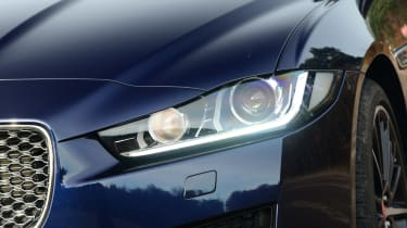 Jaguar XE - front light