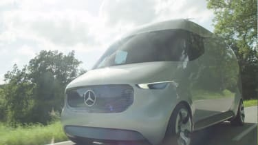 Mercedes Vision Van - video front tracking 2